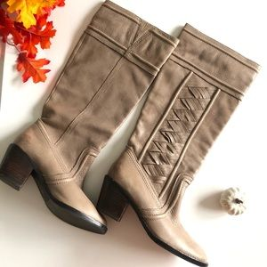 Fossil Felicia Gray Leather Boots